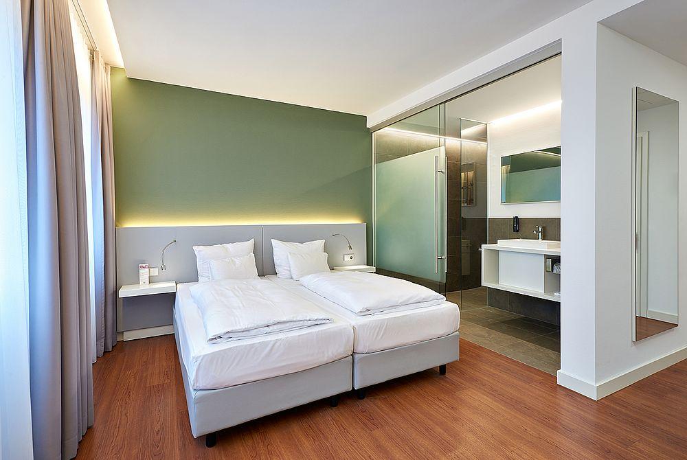 park sleep fly. Black Bedroom Furniture Sets. Home Design Ideas